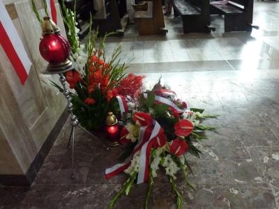 Kwiaty i znicze