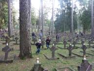Biegacze wśród grobów Legionistów 2.